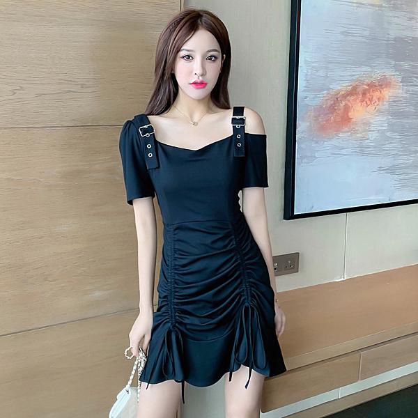 出清388 韓國風顯瘦抽繩荷葉邊性感露肩不規則短袖洋裝