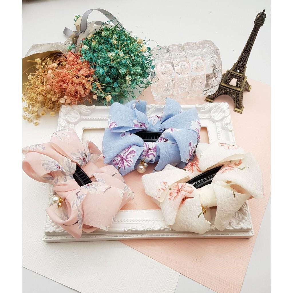 【藍色現貨】【MiMiCat】韓國浪漫花卉水鑽珍珠裝飾蝴蝶結香蕉夾髮飾/髮夾/花柄/花朵/氣質/正韓