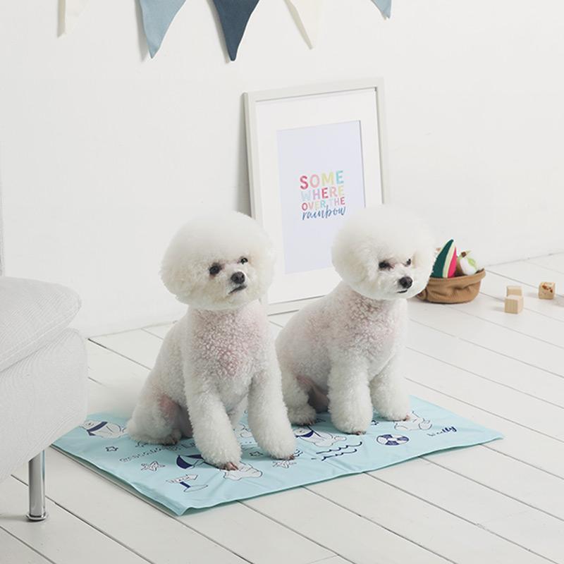 曼尼寵物涼墊 M 北極熊