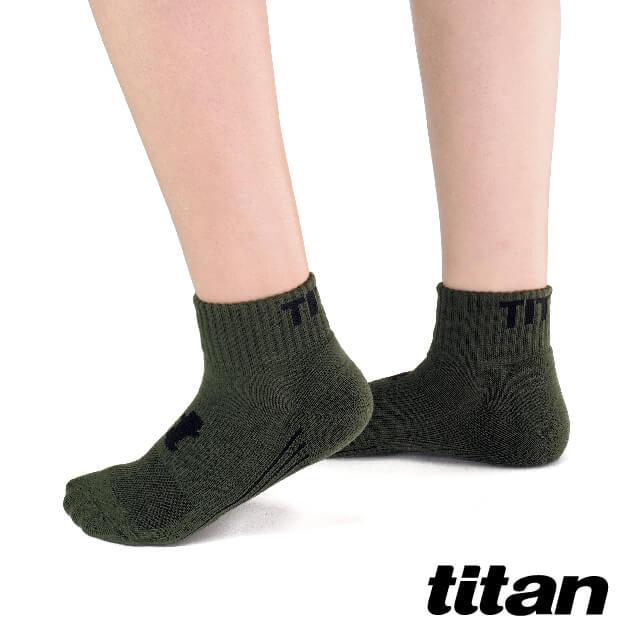 【titan】舒壓生活短襪_軍綠