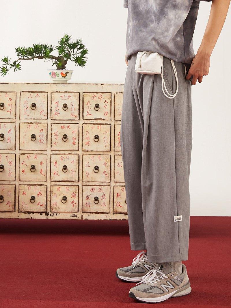 BYTEHARE巷尾藥局輕薄款抗皺個性垂感寬松休閒九分西褲