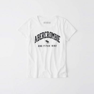 A&F 麋鹿 經典刺繡大麋鹿圓弧文字短袖圖案T恤(女)-白色