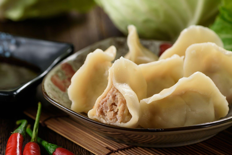 高麗菜鮮肉水餃 冷凍宅配 純手工 新鮮製作  飽滿多汁 (每包50粒)