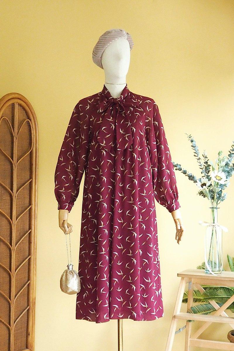 古著洋裝   Size S Purple red A shape Bow collar