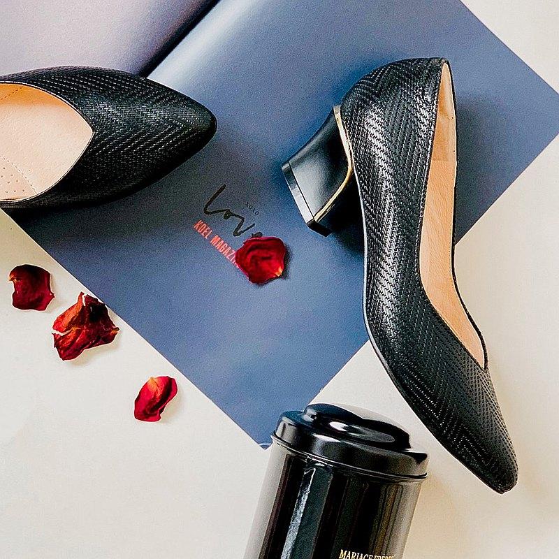 金金可麗露 精品壓紋金跟鞋
