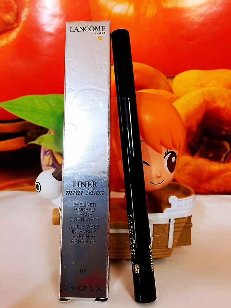 LANCOME 蘭蔻360放大眼眼線液(防暈版)01 色號: ( 01)百貨專櫃正貨盒裝