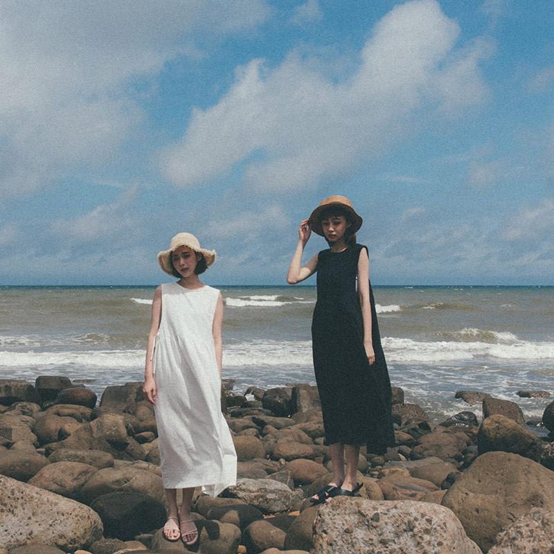 QUEENSHOP_ S 日系感側綁帶棉麻洋裝 兩色售 現+預【01085011】