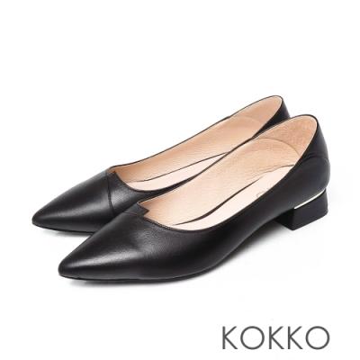 KOKKO經典尖頭素面剪裁綿羊皮方粗跟鞋百搭黑