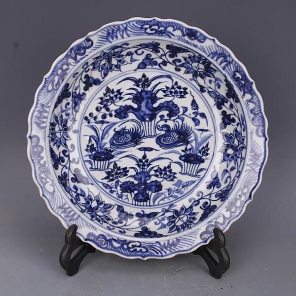 明宣德青花荷花鴛鴦葵口盤仿古老貨瓷器家居中式擺件古董古玩收藏1入
