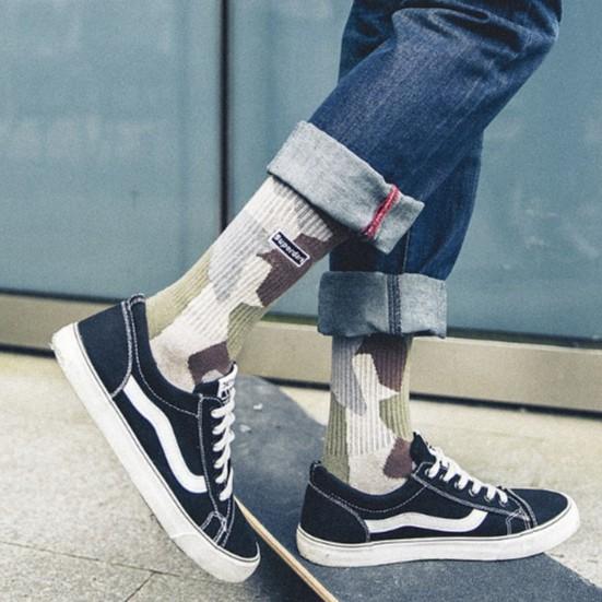 批發價迷彩 中長襪 男襪 3色 中長筒襪 台灣出貨 (ZH024)【FIZZE】