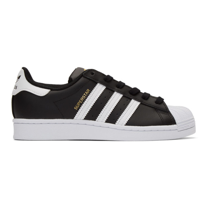 adidas Originals 黑色 and 白色 Superstar 运动鞋