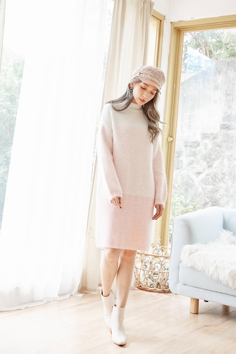 CD181056 白粉山形撞色安哥拉羊毛連身裙