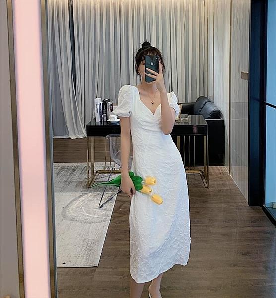 短袖洋裝 白色短袖露背連身裙繫帶收腰蝴蝶結重工刺繡V領過膝長裙子-Ballet朵朵