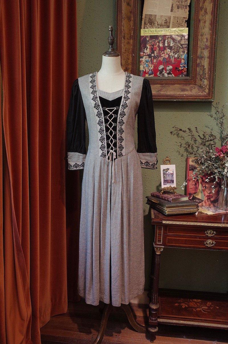 vintage德國dirndl巴伐利亞風格傳統重工連衣裙古著