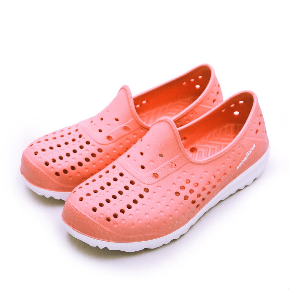 【女】GOODYEAR固特異  排水透氣輕便水陸多功能休閒洞洞鞋 蜜桃粉 92703