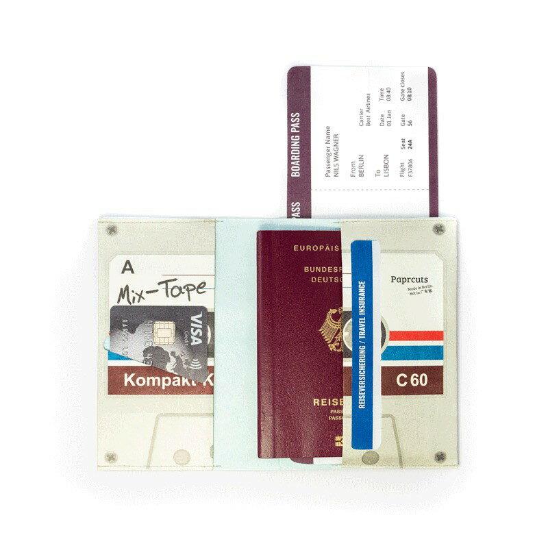 【Paprcuts.de】護照夾-卡帶款 護照 出國【JC科技】