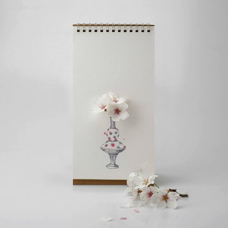 翻頁花器 - 彩色花瓶