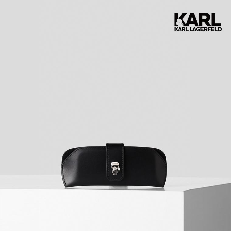 【KARL LAGERFELD】IKONIK釦飾眼鏡盒-黑