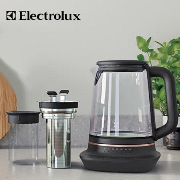 Electrolux 伊萊克斯 E7GK1-73BP 玻璃溫控電茶壺