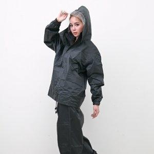 OutPerform風雨衣兩件式 - 超人氣日本款