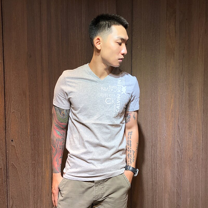 美國百分百【全新真品】Calvin Klein V領 T恤 CK 短袖 T-shirt 短T logo 灰色 C627