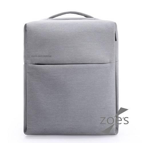 【Zoe s】KUSIM極簡設計無縫俐落一體成形後背包(品味灰)