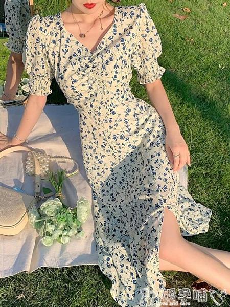 法式桔梗裙夏季2021新款法式復古小眾開叉碎花長裙收腰顯瘦氣質桔梗連身裙女 嬡孕哺