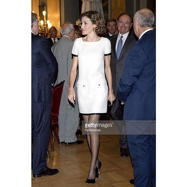 法式宴會小禮服平時可穿白色連衣裙小香風氣質王妃同款女