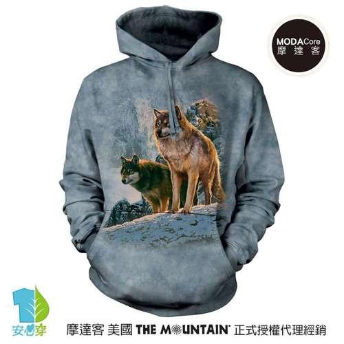 摩達客預購美國The Mountain 日落雙狼 環保藝術長袖連帽T恤