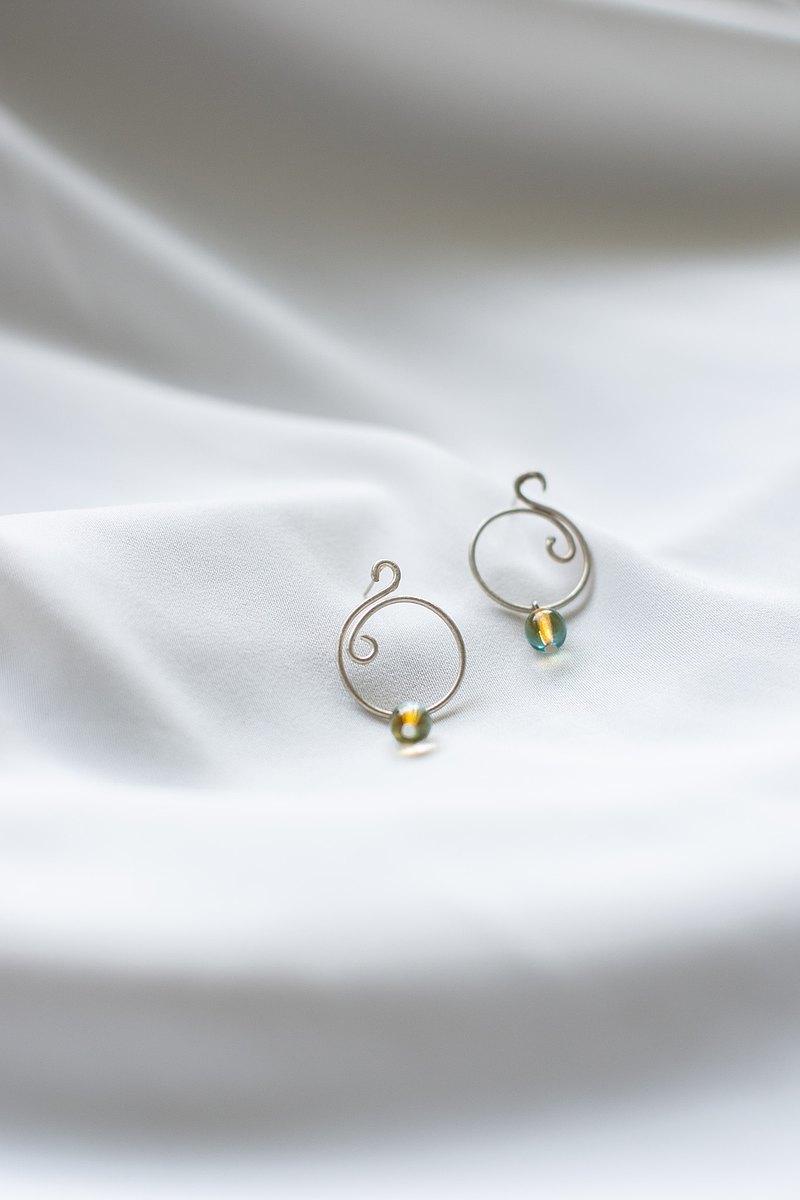 浮雨窗花 - 窗花耳環 兩色