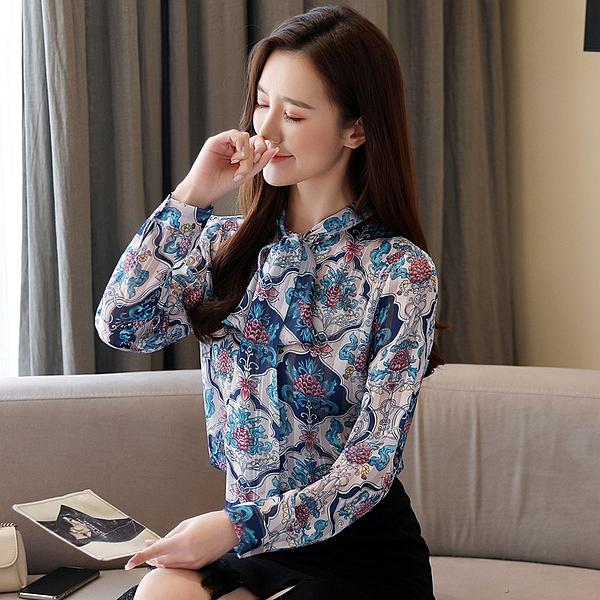 韓 襯衫 S-2XL 秋裝新款韓版女裝金絲混紡印花領帶雪紡襯衫女士上衣小衫9194 T614 依品國際