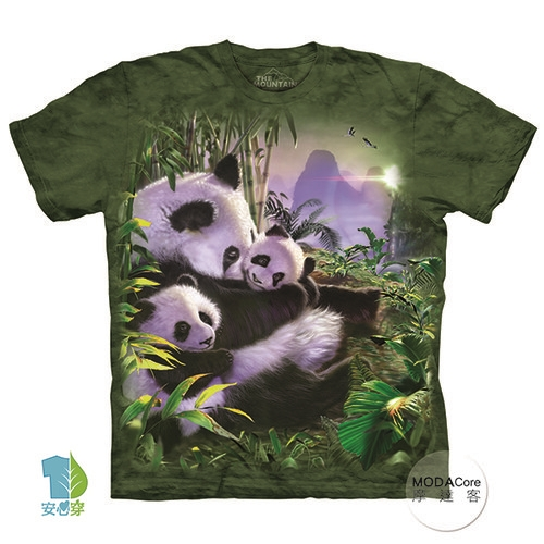 【摩達客】美國進口The Mountain 貓熊抱抱 純棉環保藝術中性短袖T恤-預購