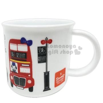 〔小禮堂〕Hello Kitty 日製塑膠小水杯《白紅.巴士》200ml.茶杯.漱口杯