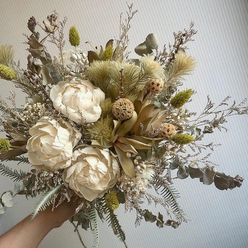 白綠自然系乾燥捧花