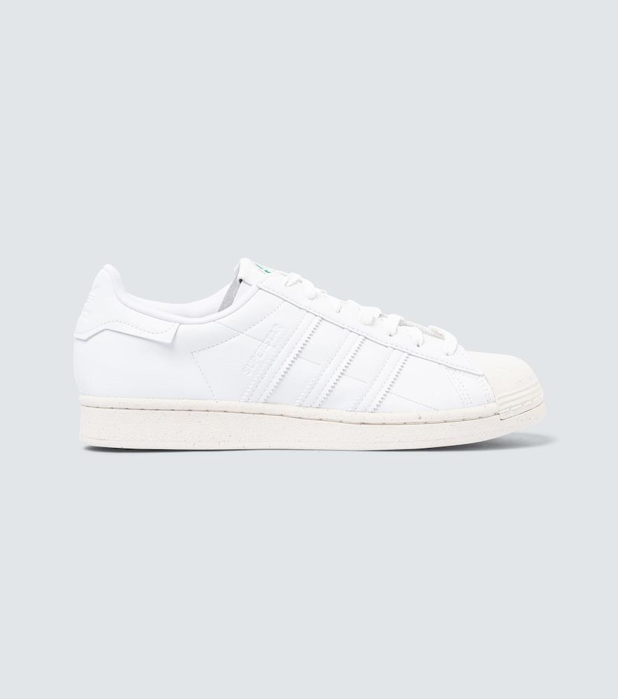 Clean Classics Superstar sneakers