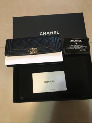 最後一降 !媽咪大出清-100%真品全新的 Chanel黑色金釦 荔枝皮中夾(29開頭)