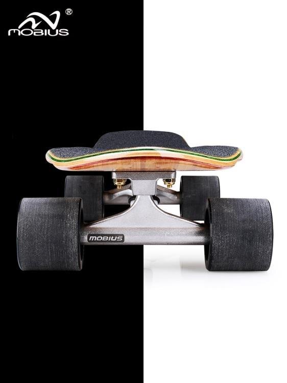 【快速出貨】滑板 莫比斯刷街大魚板滑板專業板公路滑板青少年初學者代步竹木小魚板 凱斯頓 新年春節送禮