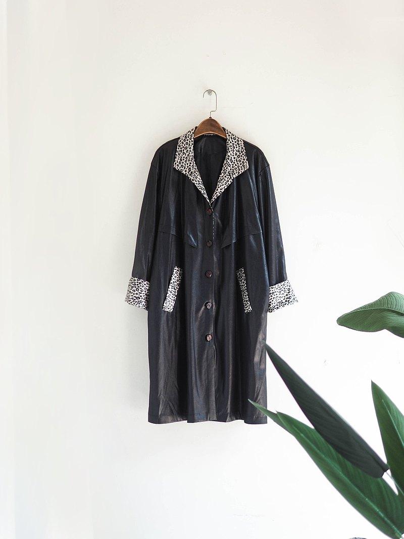 純黑V領豹紋壓紋帥氣亮面光澤 古董薄質風衣外套 dustcoat jacket
