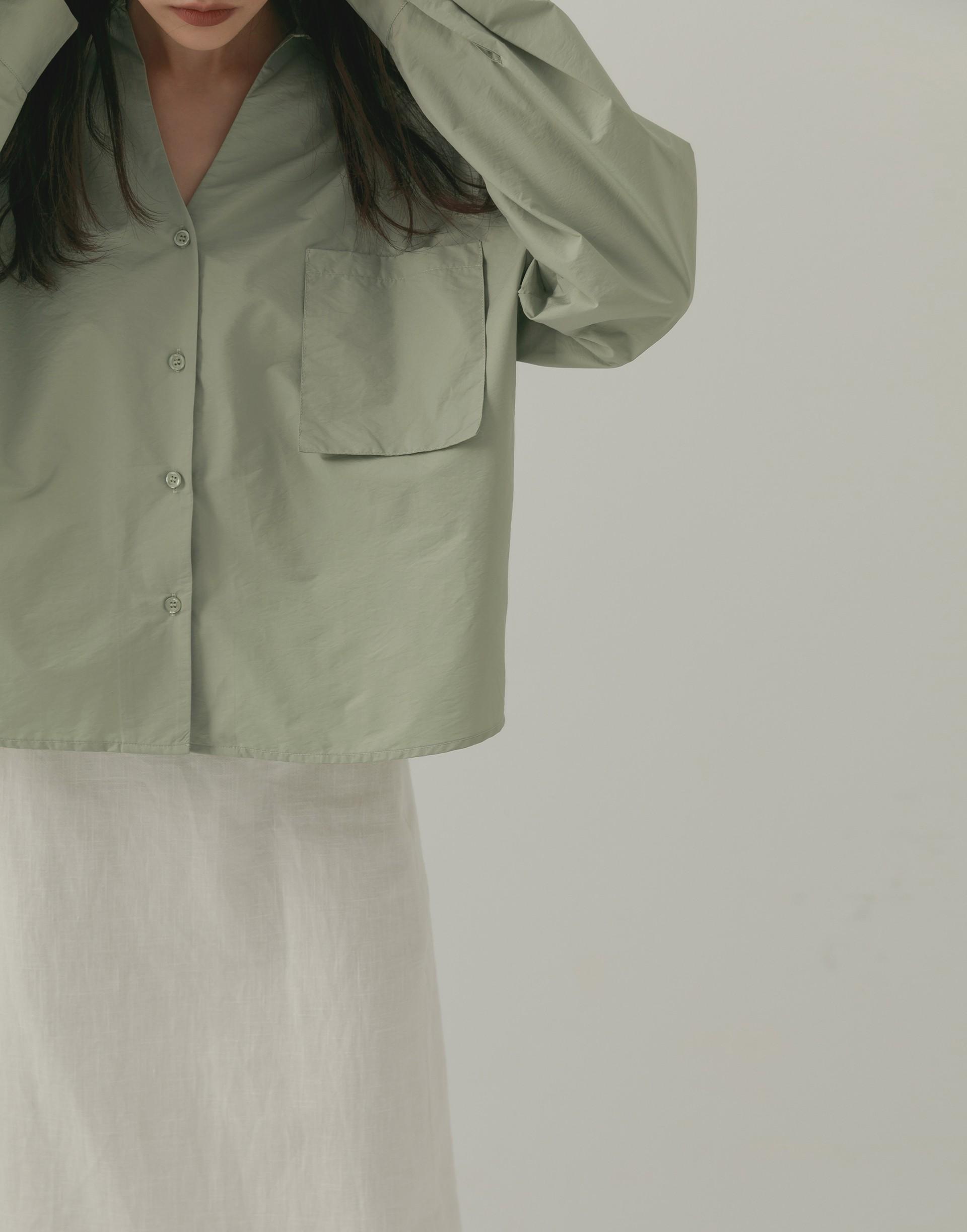 輕光澤質感口袋襯衫-女-Genquo