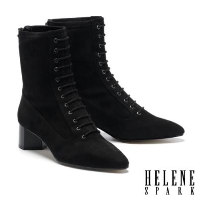 短靴 HELENE SPARK 復古時髦綁帶尖頭彈力麂布粗高跟短靴-黑
