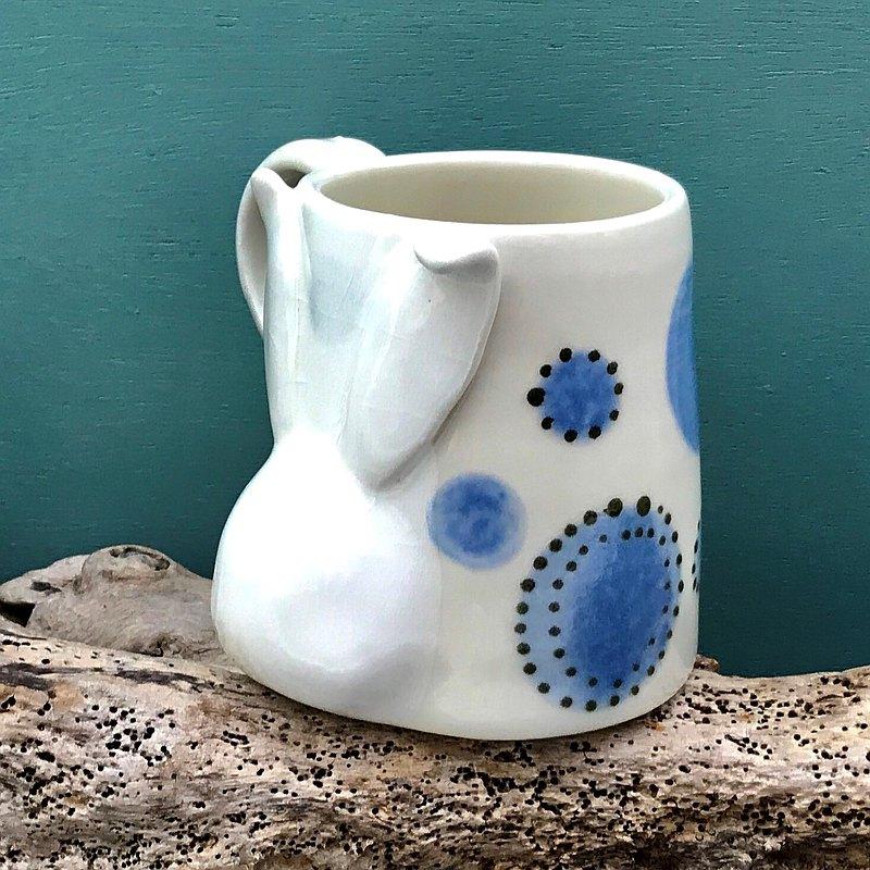 白兔造型乳白藍花釉面磁杯 茶杯 咖啡杯 酒杯 水杯 馬克杯