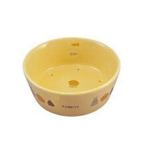 MARUKAN《陶瓷透氣圓形兔食碗 528029》不必要的水分可通過排水孔漏出