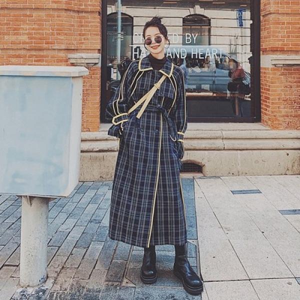 風衣外套-格子薄款包邊復古長版女大衣73yx10【時尚巴黎】