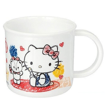 Hello Kitty 日製 塑膠杯 單耳 兒童水杯 漱口杯 200ml (白 塗鴨)
