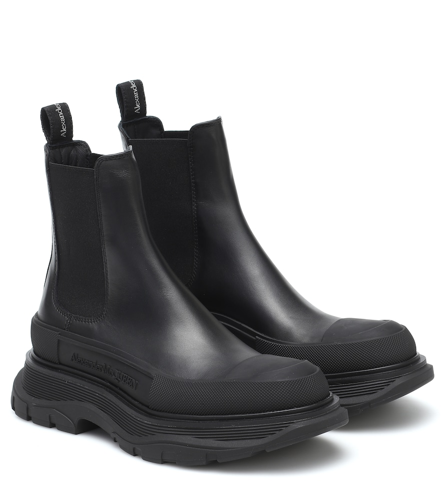 Tread leather ankle boots