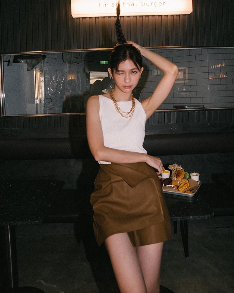 率性造型皮革短裙-Mercci22