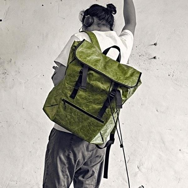 杜邦紙後背包-防水大容量輕便休閒男雙肩包2色73ym51[巴黎精品]