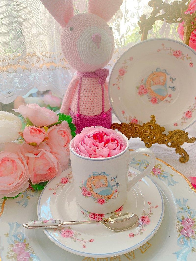 英國製 骨蝴蝶結玫瑰寶寶骨瓷馬克杯點心盤兩件組送禮庫存品完整