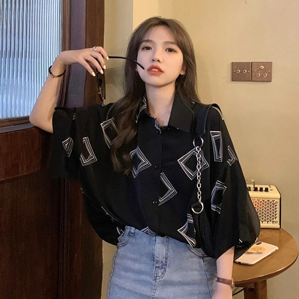 2020新款夏季寬鬆韓版黑色上衣復古港風百搭鹽系短袖襯衫女外穿潮 新年禮物