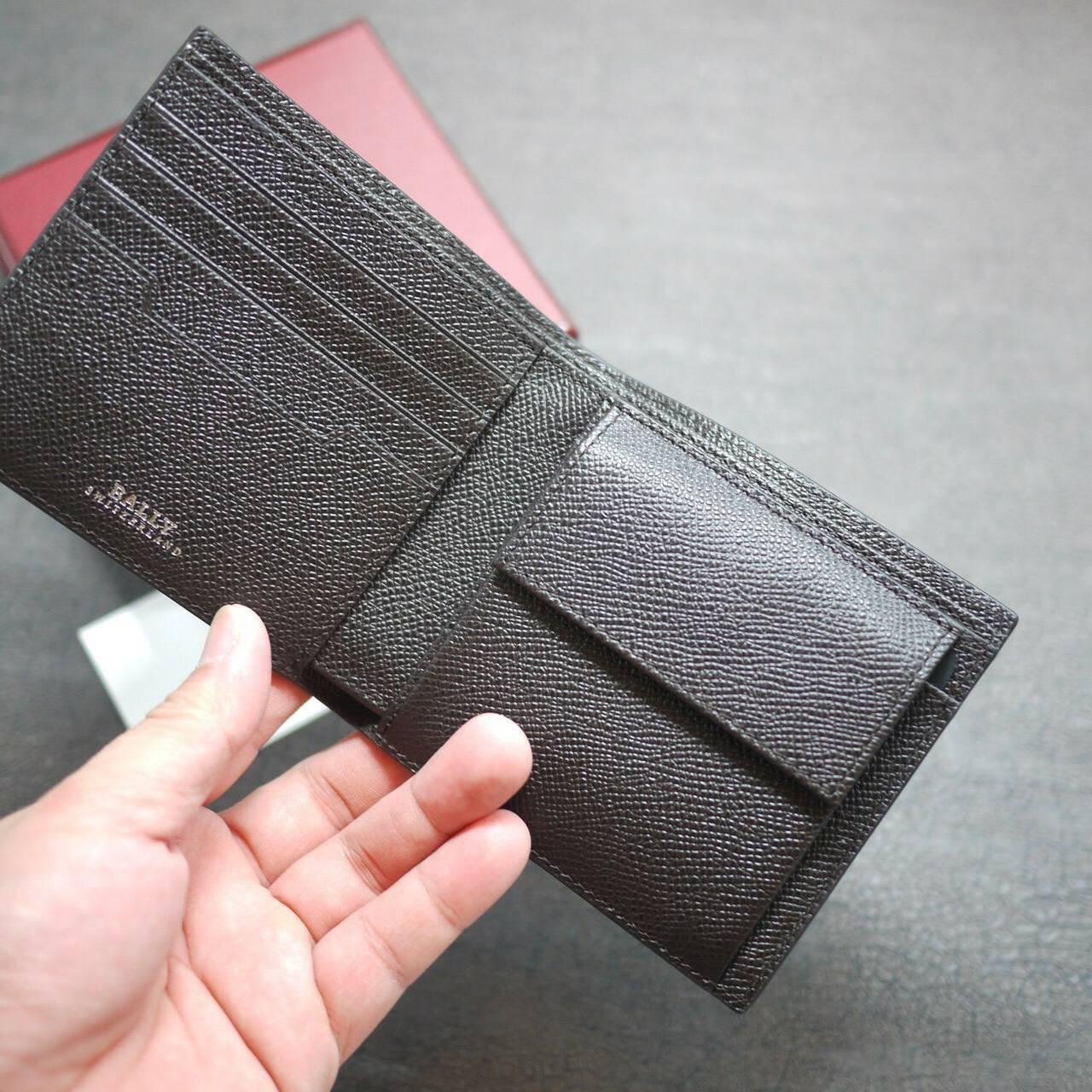 BALLY 咖啡色男短夾(可放照片) 特價7600/個